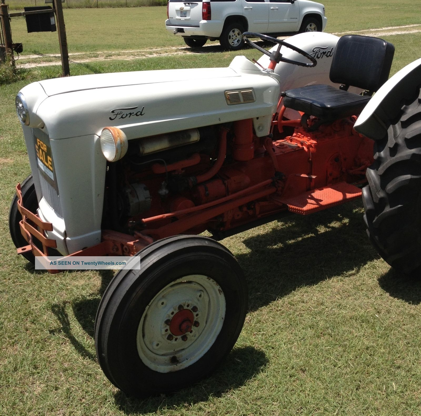 600 Ford Tractor Model : Ford tractor with mower model