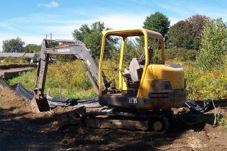 2005 Volvo Ec35 Mini Excavator photo