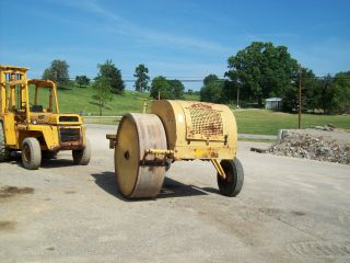 Galion Trench & Road Widener Roller photo