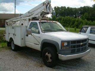 2000 Chevrolet 3500 Hd photo