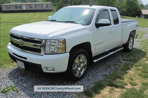 2009 chevrolet silverado reduced for quick sale. Black Bedroom Furniture Sets. Home Design Ideas