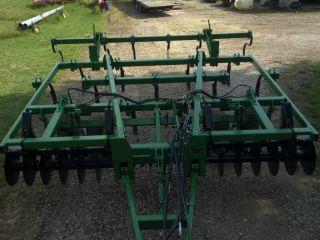 John Deere,  Disk Chisel 714 Farm Tillage Tool photo