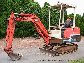 Takeuchi Tb15 Mini Excavator Yanmar Diesel photo