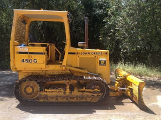 John Deere 450g Dozer photo