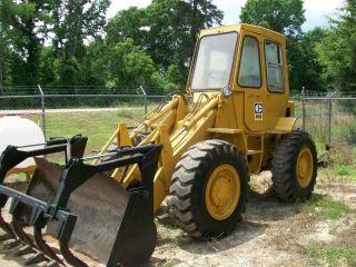 Caterpillar 910 Wheel Loader,  9000 Hrs photo
