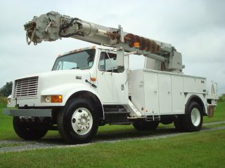 2001 International 4900 photo