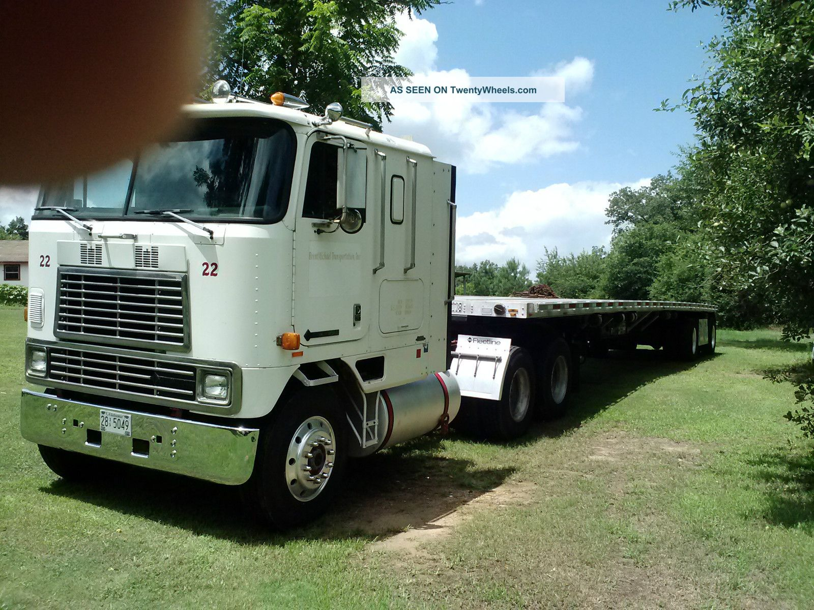 1993 International 9670 Sleeper Semi Trucks photo