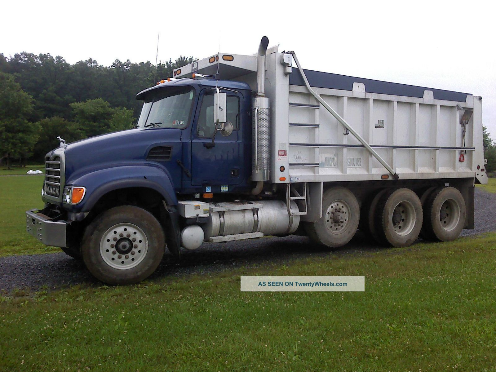 2005 Mack Cv 713 Dump Trucks photo