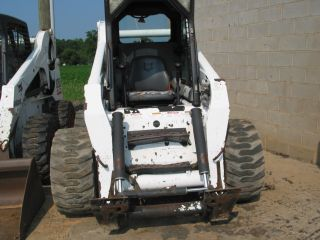 Bobcat S300 Skid Steer Loader photo