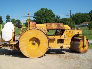Galion 3 Wheel Diesel Asphalt/stone Roller photo