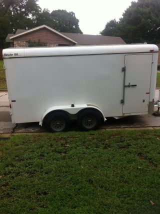 2004 Cm Trailer 16 Foot Enclosed In photo