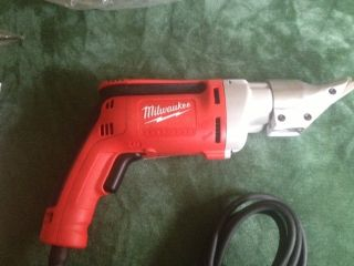 Milwaukee 18 Gauge Metal Shear Model 6852 - 20 photo