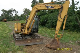 2002 Caterpiller 307c Excavator 2550hrs. photo