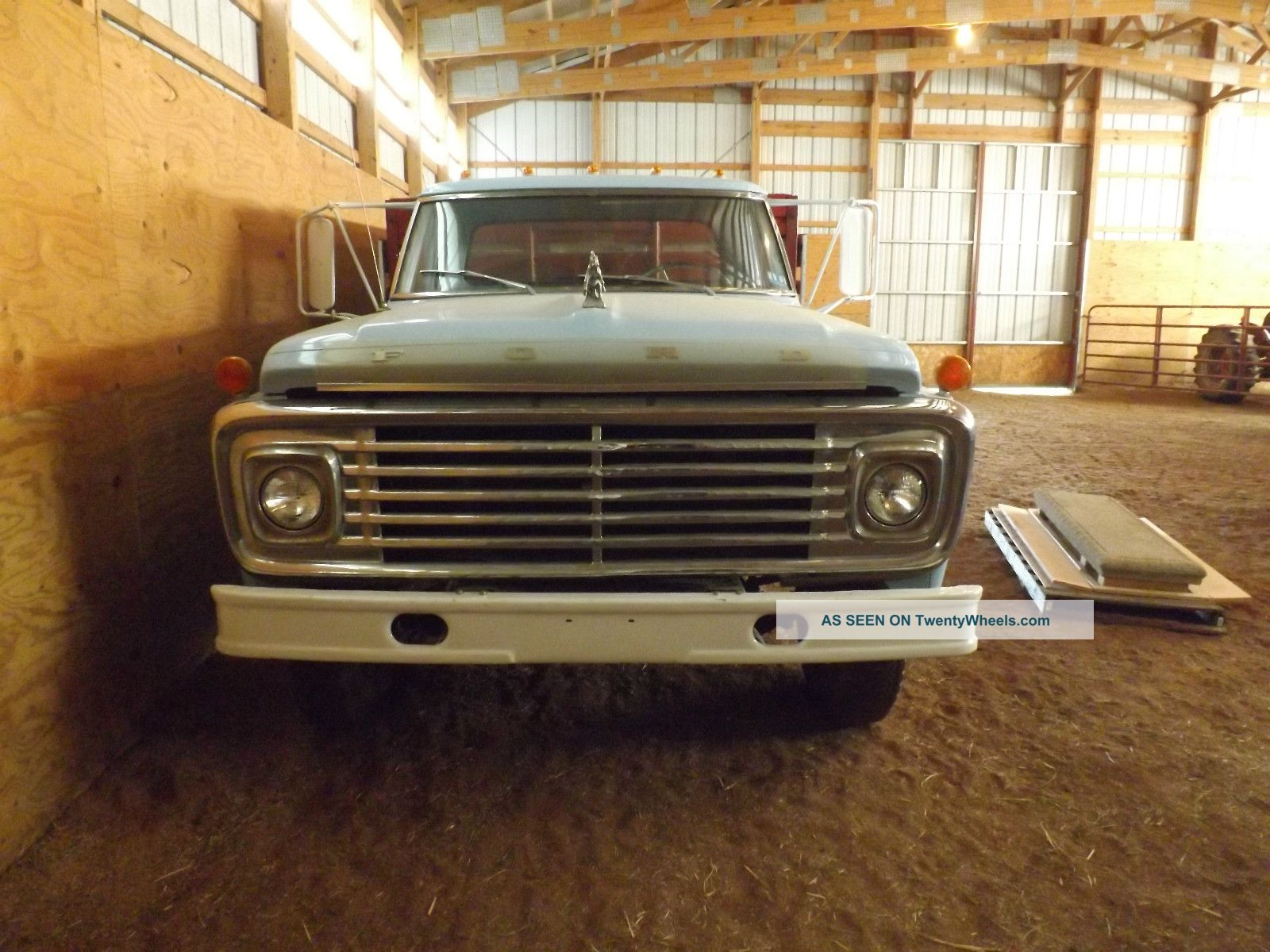 1972 F600 Ford Part Truck