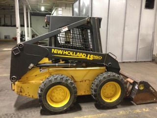 Holland Ls160 Skid Steer photo