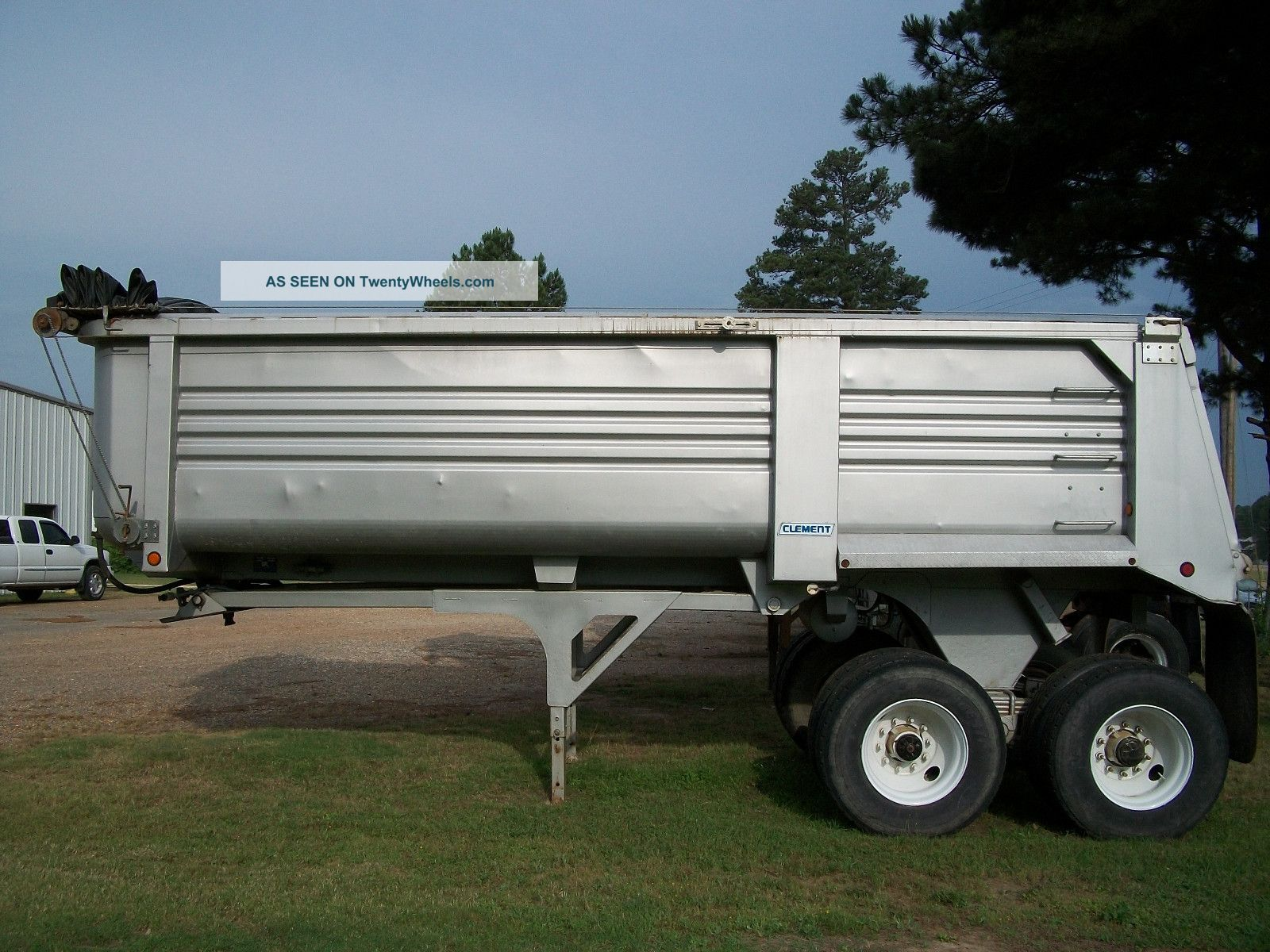 2005 Clement Dump Trailer Trailers photo