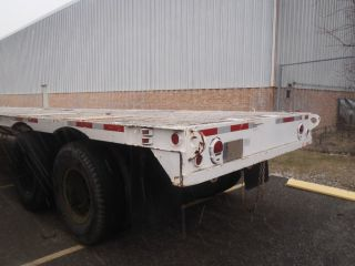 Semi Trailer Low Bed photo
