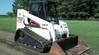 2001 Bobcat T200 Compact Track Loader Skidsteer - photo