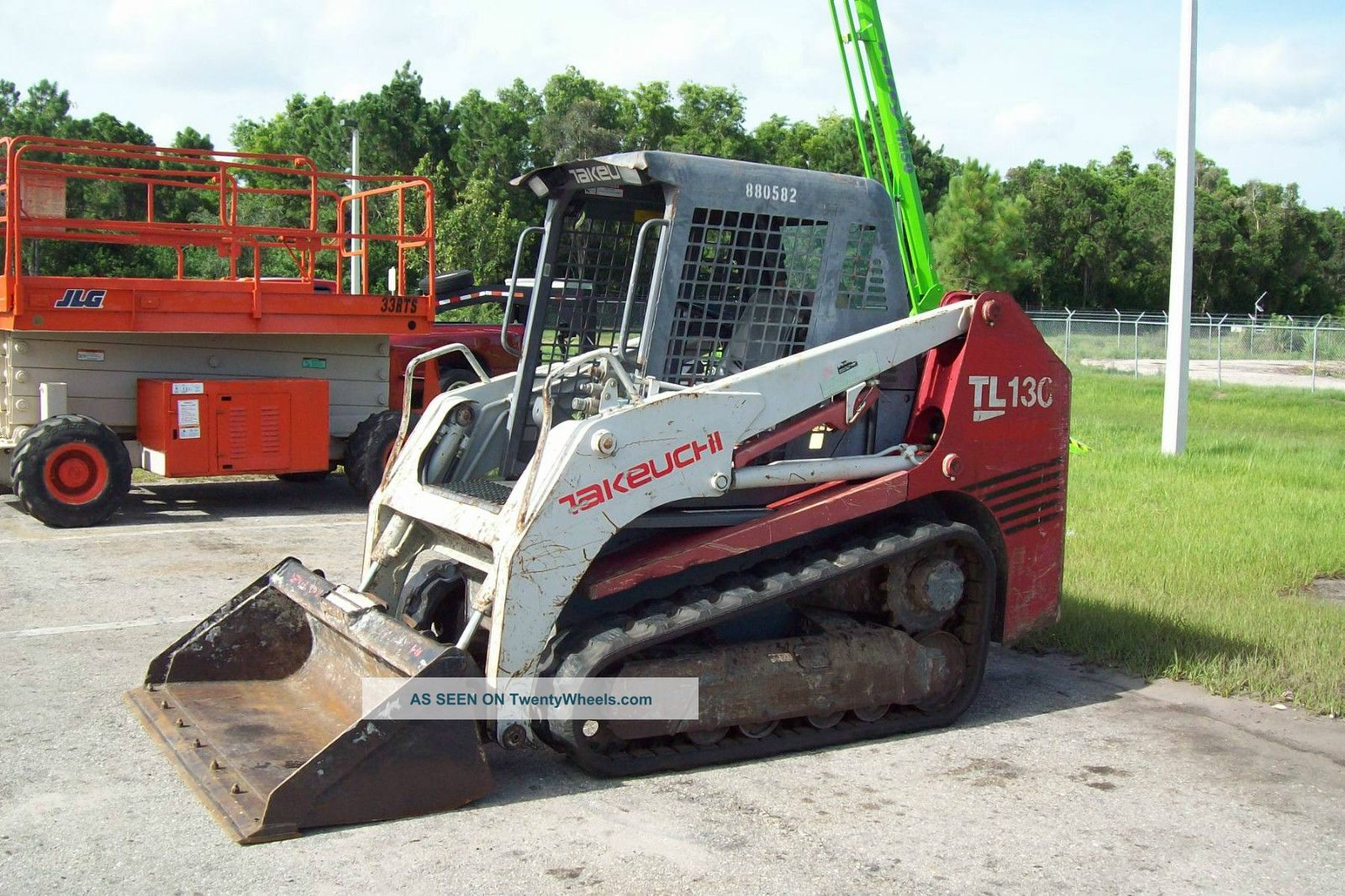 Curtain 20Side 20Trailers together with Semi Truck additionally Daf 3300 6x4 Flatbed Sarens Wsi Wsi15 1009 together with Semi Truck Clipart Black And White besides 9962 Takeuchi tl130 track loader  67 hp  joystick controls  lift 1620 lbs  tracks. on flatbed semi trailers