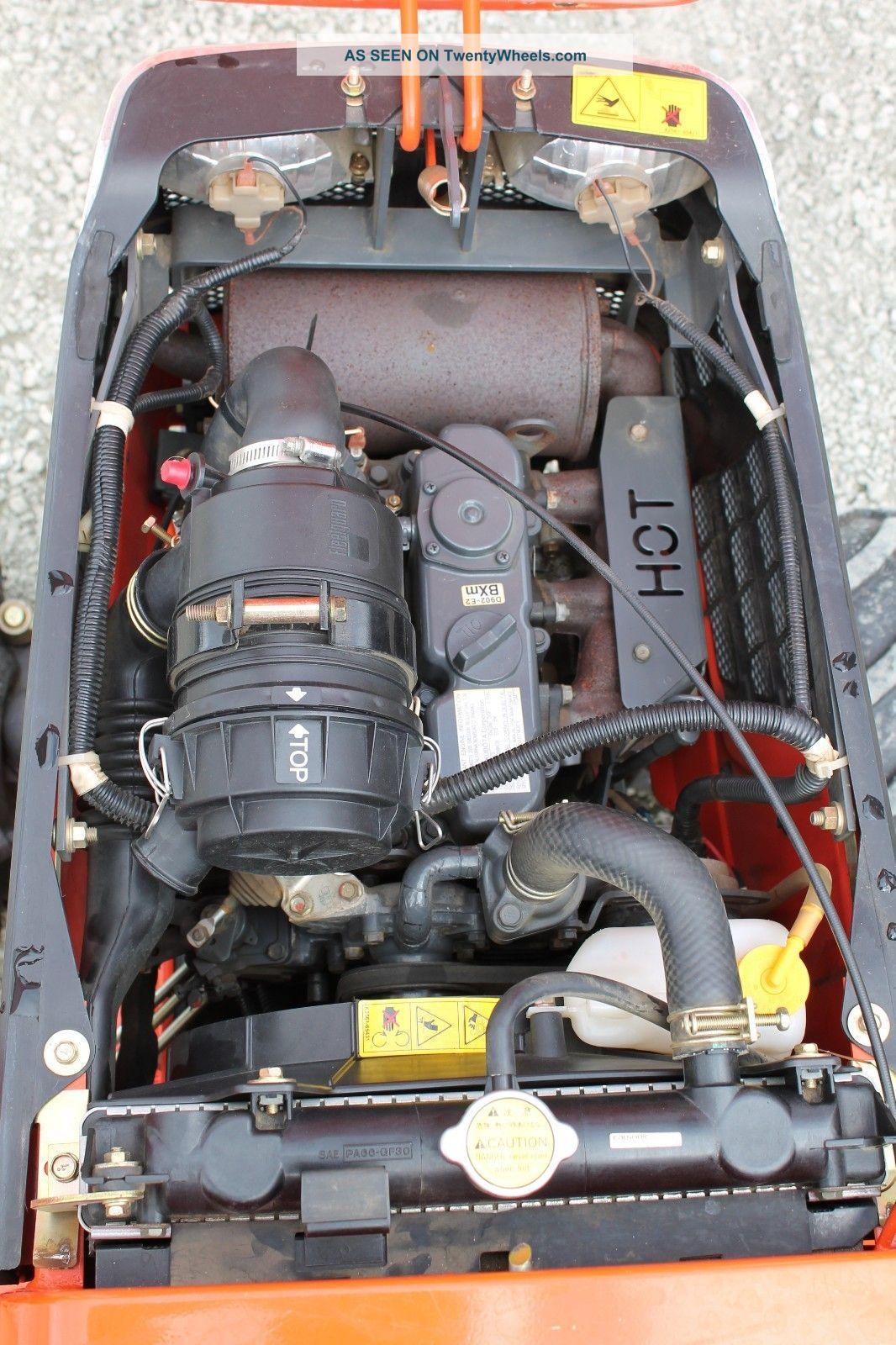 """2008 Kubota Tractor Mower Bx2230 4wd W/ 60"""" Mower Deck ."""