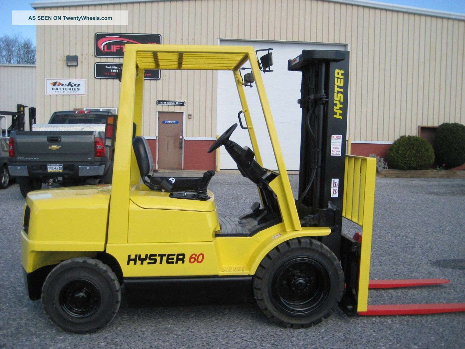 11537971 Rc Armored Car 1 16 Scale further 10285 Hyster forklift h60xm furthermore gardentrucking besides Truck8x4lowloader as well 272007282575. on rc dump trucks with trailers