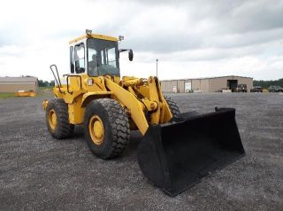 Hyundai Hl - 750 Loader photo