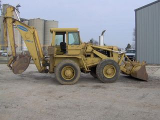Backhoe 4 X 4 Dynahoe 190 - 4 photo