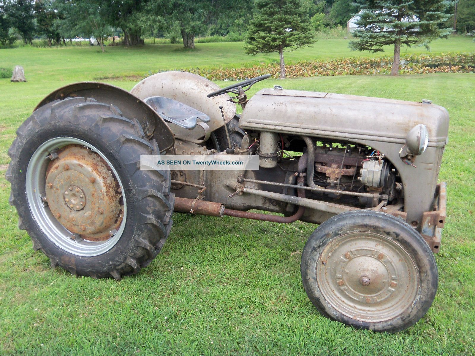 Ford Ferguson Tractor : Ford ferguson n tractor gas with