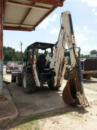 760b Terex Backhoe photo