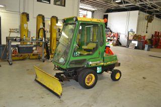 John Deere F911 Lawn Tractor photo
