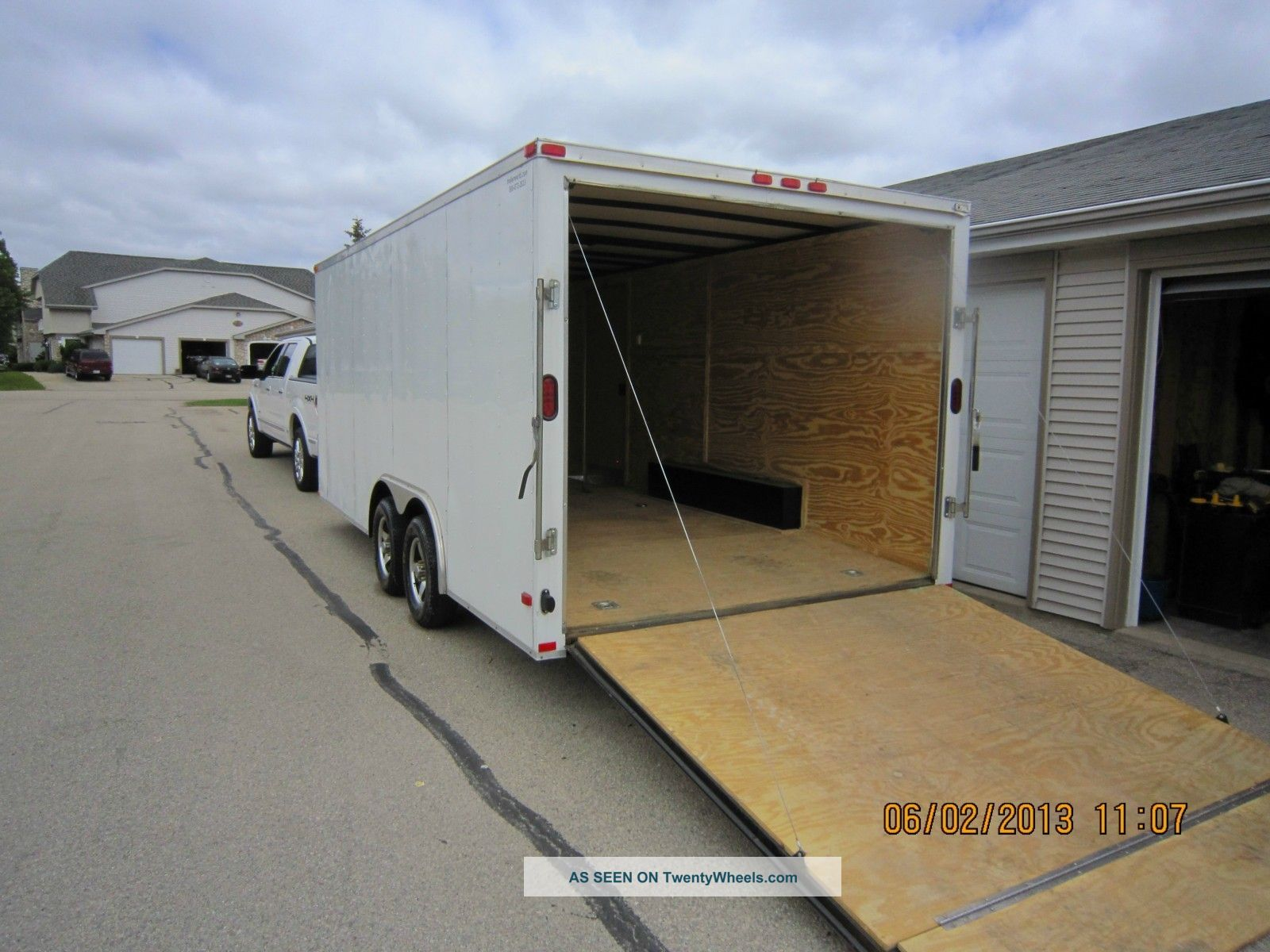 18ft Enclosed Trailer Trailers photo