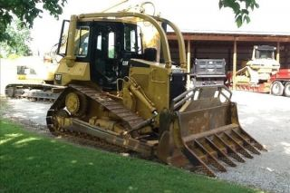 1987 Caterpillar D4h Dozer photo