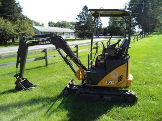 2010 John Deere 17d Mini Excavator,  Long Stick photo