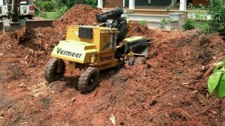 Vermeer Sc - 352 Stump Grinder / Stump Cutter.  In Great Shape photo