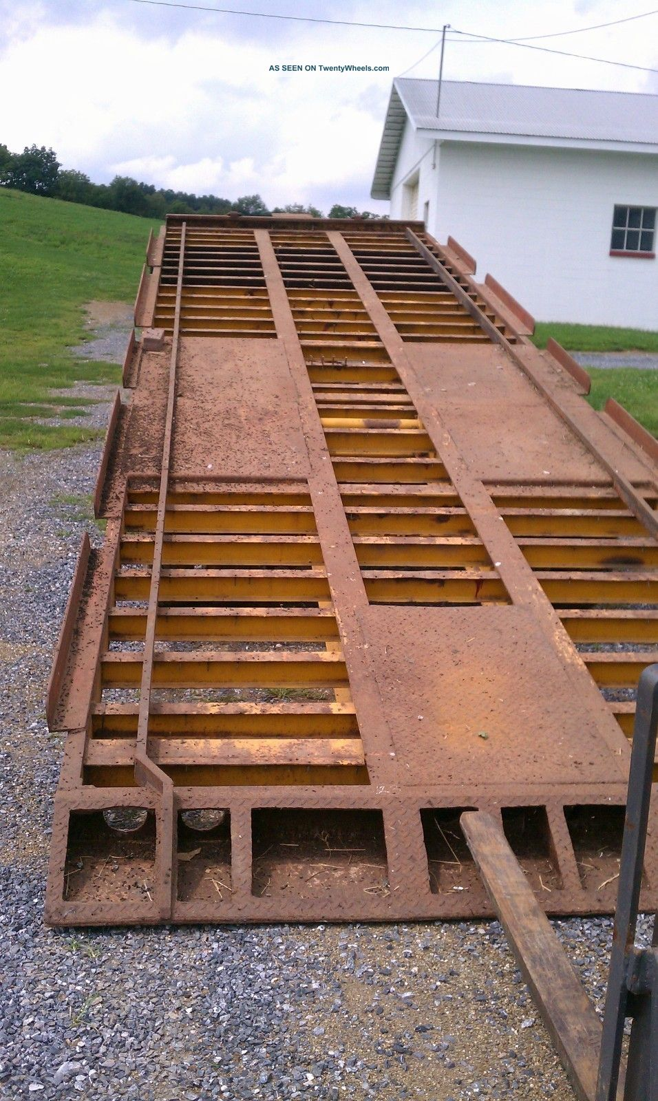 Trail King Construction Trailer Trailers photo