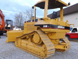 Cat D5m Xl Dozer photo