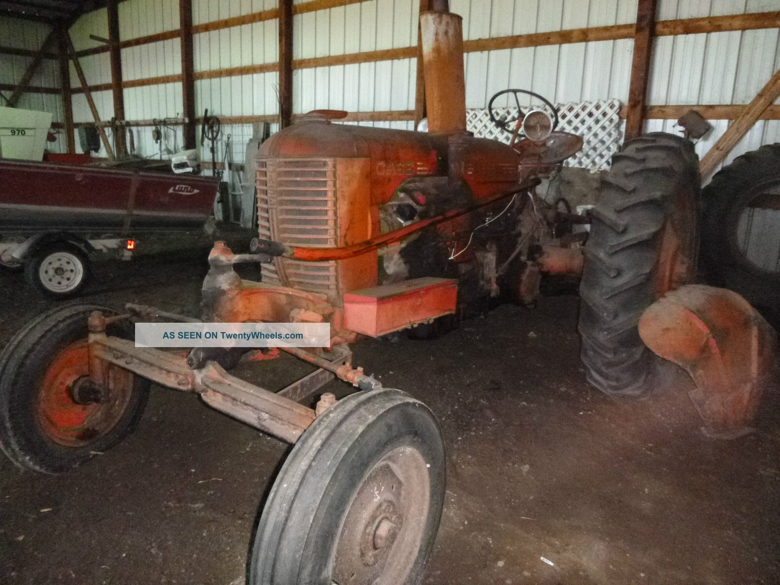 Tractor Power Take Off : Case tractor dc kept indoors power take off