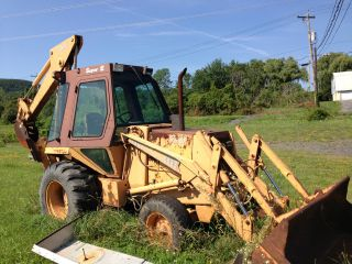Backhoe 580e E photo