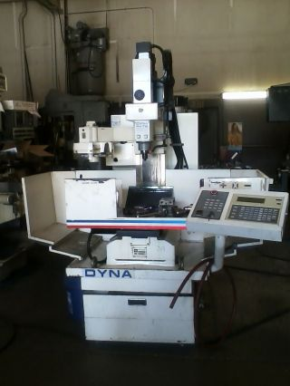 Dyna Mechtronics Dm4400 Cnc Mill 30 Taper 10 Tool Atc photo
