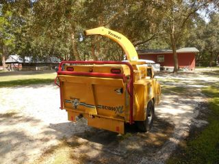 Vermeer Bc1000 Xl Wood Chipper photo