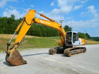 Hitachi Ex200lc Excavator photo