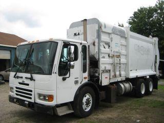 2004 Sterling Trash Truck photo
