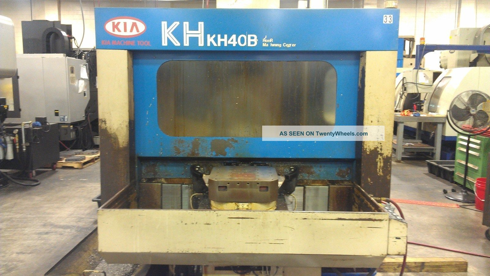 Kia Kh - 40b Horizontal Machining Center Milling Machines photo