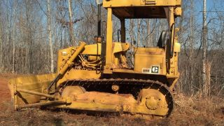Cat D4e Dozer photo