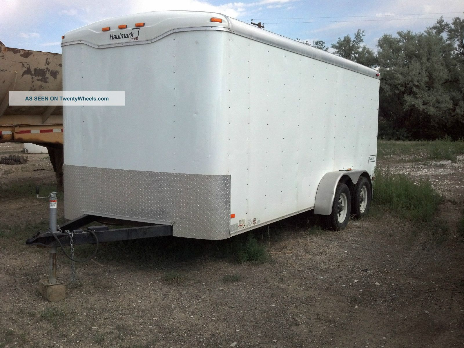 2008 haulmark enclosed 16 39 trailer with custom shelving. Black Bedroom Furniture Sets. Home Design Ideas