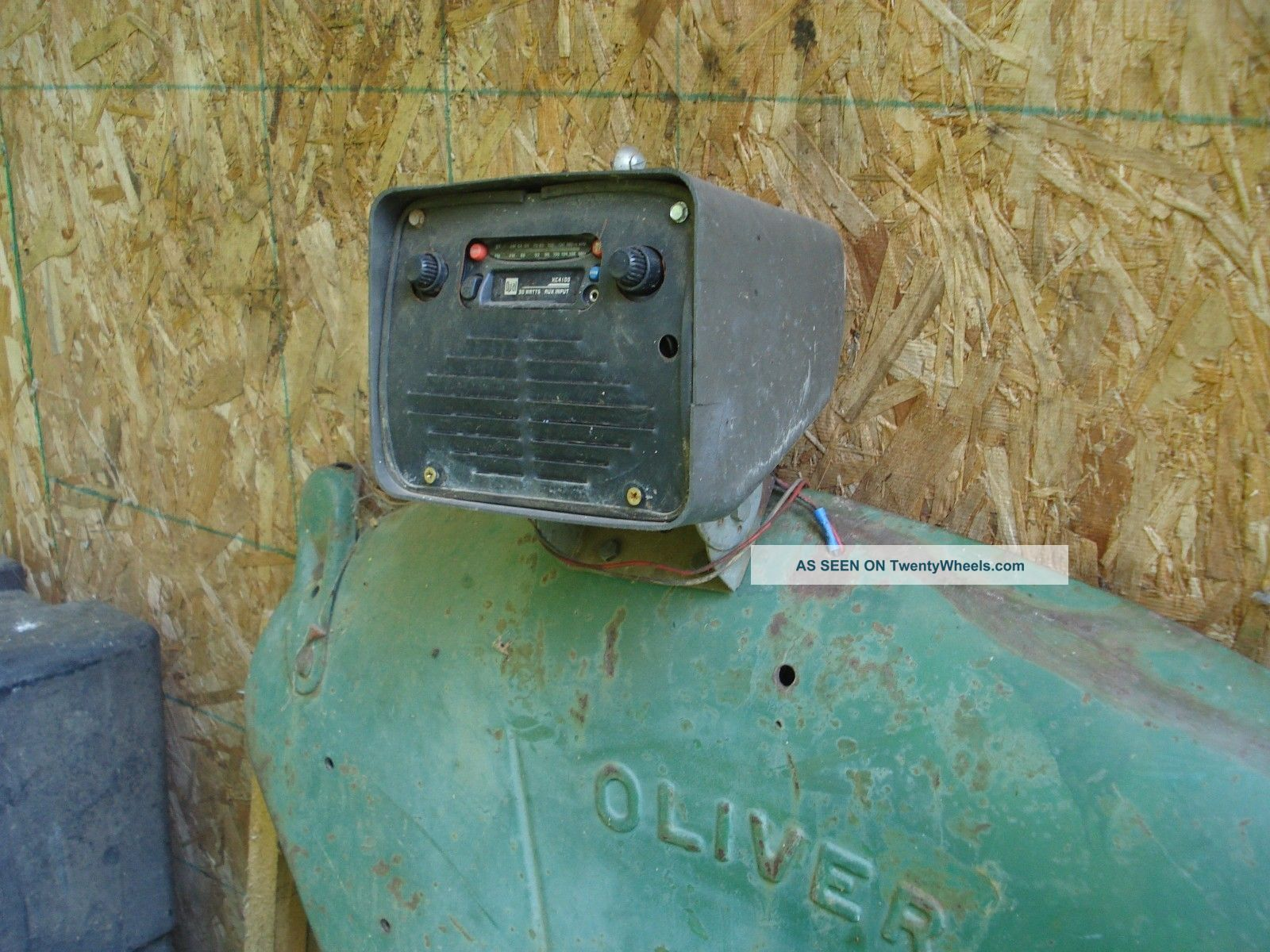 Tractor Trailer Fenders : Oliver farm tractor rear fenders