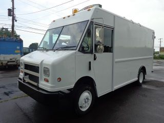 Freightliner MT45 Step Van together with Food Trucks For Sale Kentucky as well 1989 Chevy P30 Step Van as well 1999 Chevy Astro Air Conditioner Wiring Diagram also 1973 Chevy Step Van. on 1999 chevy step van p 30