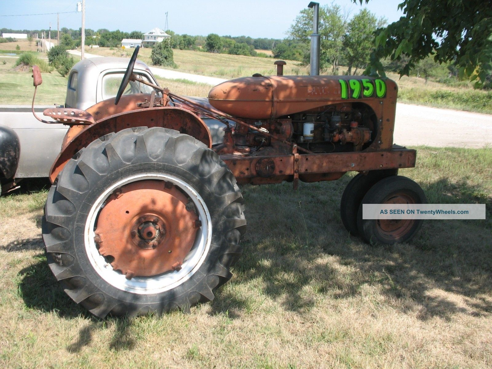 Allis Chalmers Tractor Wc45 Rear Tires Lots Parts