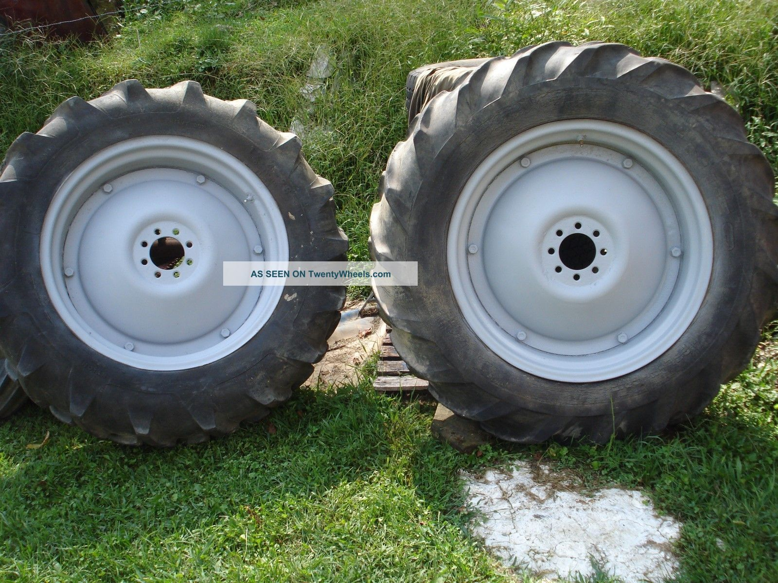 International 275 Tractor Wheels Rims Used : Tires and rims ford tractor