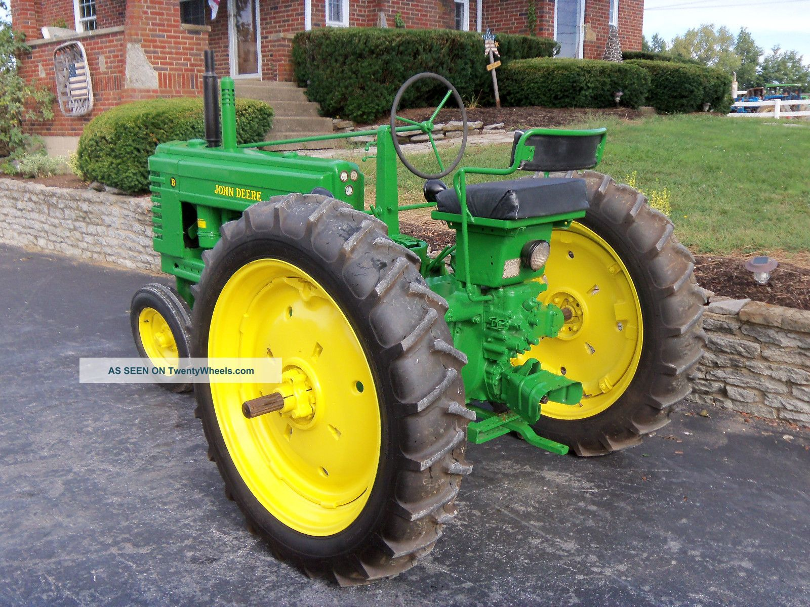 Restored Antique Tractors : John deere b tractor restored